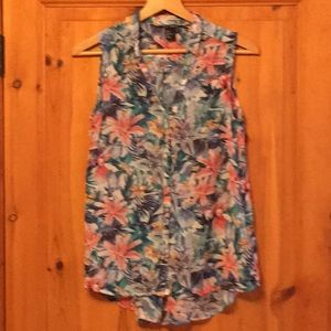 H&M sleeveless, floral, high/low blouse
